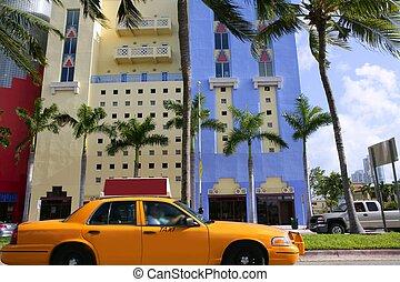 bâtiments, miami, floride, taxi jaune, plage