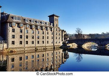 bâtiments, par, les, rivière, kent, kendal.