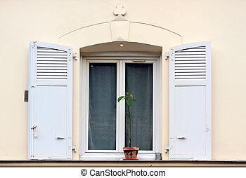 bâtiments, vieux, paris., fenêtre, montmartre, volets