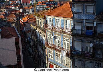 bâtiments, vieux, porto, résidentiel, portugal., en ville, vue