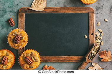 bâtons, cannelle, chalkboard., muffins, vide, citrouille