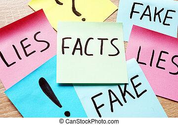 bâtons, note, moderne, faits, mensonges, fakes., mots, nouvelles, concept.