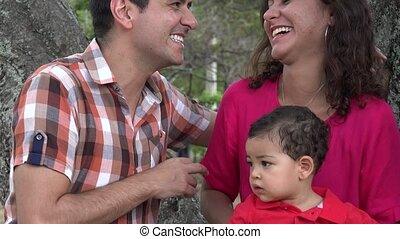 bébé, couple, heureux