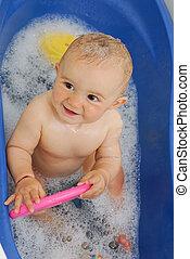 bébé, dans, salle bains