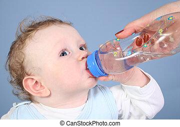 bébé, eau boisson