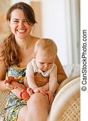 bébé, genoux, mère, rire, séance