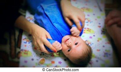 bébé, heureux, jouer, elle, mère