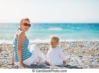 bébé, mère, plage, séance
