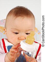 bébé manger