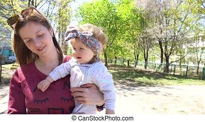 bébé, marche, parc, girl, mère