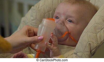 bébé, masque, oxygène