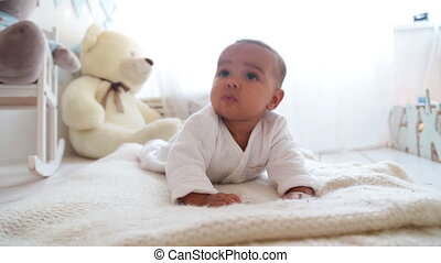 bébé, mignon, mensonge, africaine