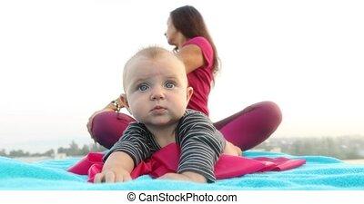 bébé, mignon, yoga, mère