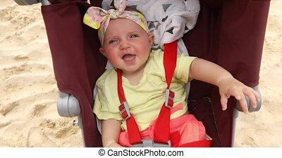 bébé, nourrisson, adorable, poussette