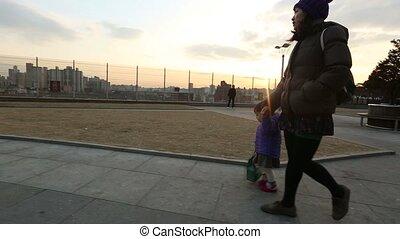 bébé, parc, mère