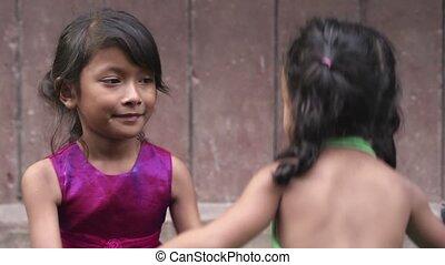 bébé, peu, fille asiatique, heureux