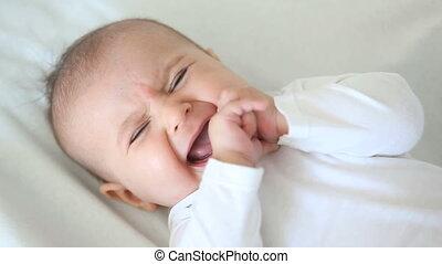 bébé, peu, pleurer