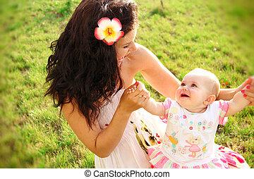 bébé, portrait, jouer, mère