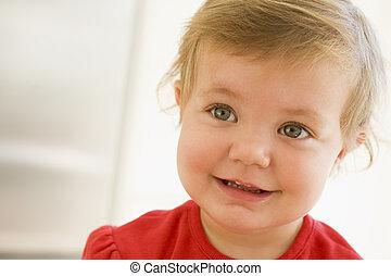bébé, sourire, intérieur