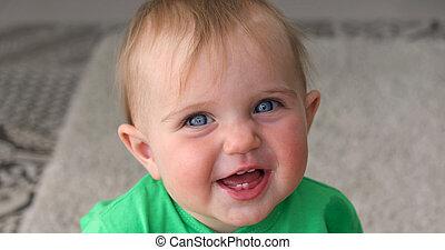 bébé, sourires, adorable, rire