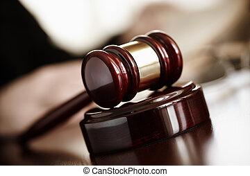 bírók, árverezői kalapács
