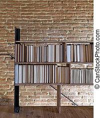 lampen b cherregal altes stockbilder suche stockfotos. Black Bedroom Furniture Sets. Home Design Ideas