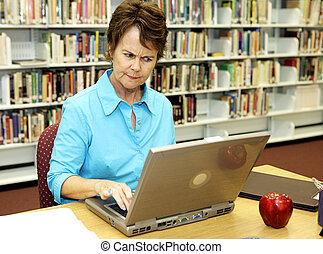 být nepříjemný, knihovna, -, škola