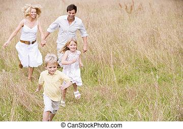 běh, usmívaní, rodina, venku