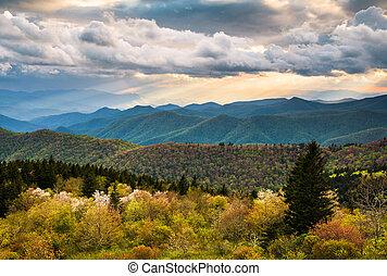 błękitna góra, grzbiet, ashe, sceniczny, północ, aleja, krajobraz, carolina