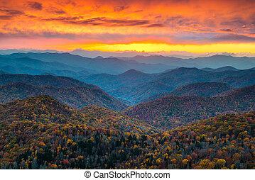 błękitne góry, grzbiet, sceniczny, zachód słońca, landsc, północ, aleja, carolina