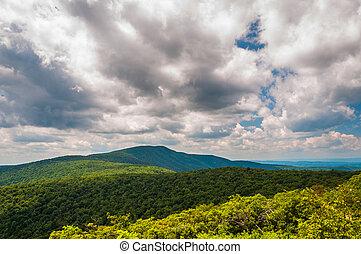 błękitne góry, grzbiet, virginia., na, shenandoah, park, chmury, krajowy