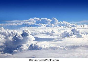 błękitne niebo, wysoki patrzą, z, samolot, chmury