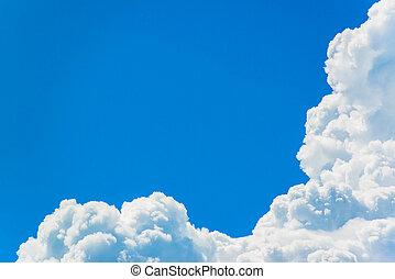 błękitne niebo, z, chmura, closeup