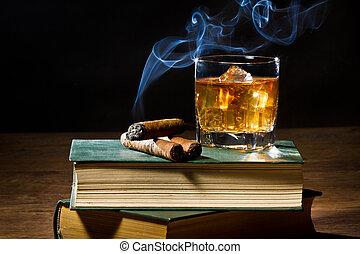 błękitny, cygaro, dwa, lód, tom, książki, dym, whisky