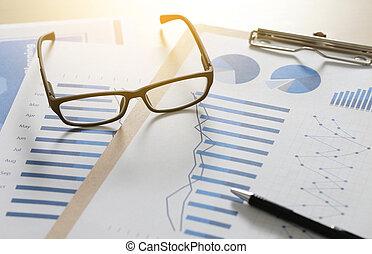 błękitny, paperwork, handlowy, kontrola, informuje, wykresy, teamwork, przygotowując, zameldować, finansowy, okulary