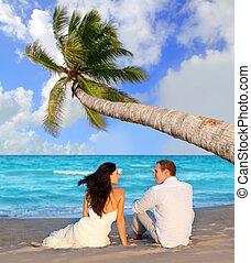 błękitny, plaża, para, miłość, posiedzenie