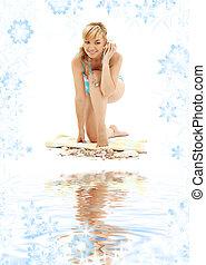 błękitny, powłoka, bikini, piasek, blond, biały