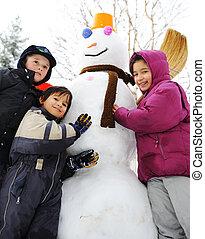 bałwan, cielna, śnieg, dzieci
