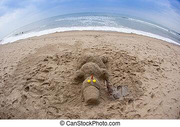 bałwan, plaża., morze, czerwony, święty, uśmiechanie się, kapelusz, piaszczysty