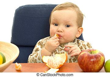 Babby eat fruit