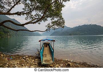 BaBe Lake - Ba Be National Park, Vietnam