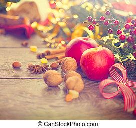 babioles, bâtons, noisettes, guirlandes, monture, table, décoré, vacances, noix, noël, cannelle