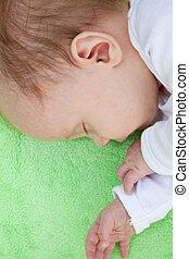 baby confronteren, slapende