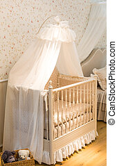 Baby cot - Wooden baby cot with curtain