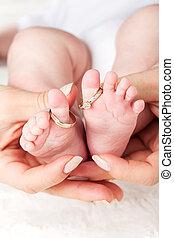 baby- füße, mit, eheringe