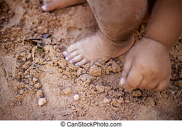 Baby foot sand.
