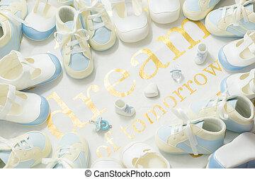 baby jongen, blauwe , bootees, frame, op, een, witte , doek, achtergrond., verwelkoming, pasgeboren, douche, partij., droom, van, tomorrow., -, bovenzijde, overzicht.