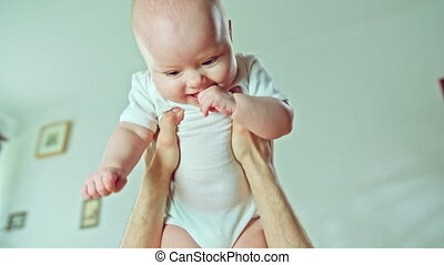 baby, mannelijke , armen, vasthouden