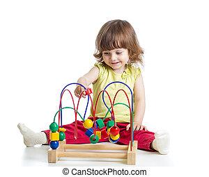 baby meisje, met, onderwijsstuk speelgoed