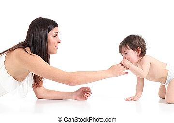 baby, moeder, haar, het schreeuwen, het troosten